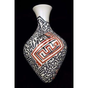 vase ceramique conique art mexicain mata ortiz