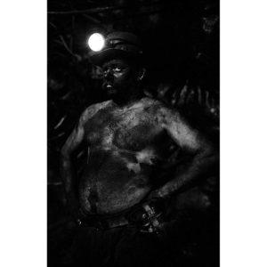 mini-6-Mineur-de-fond-II-Sebastien-Fantini-photographie-d'art-contemporaine